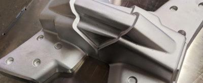 Broby-model-Vakuumformning-metal-olika-material