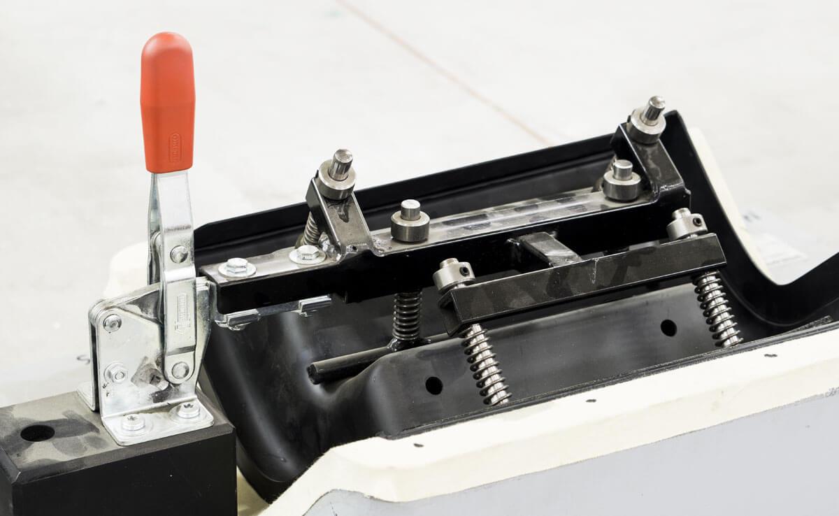 Broby-model-montering-fixturer-R