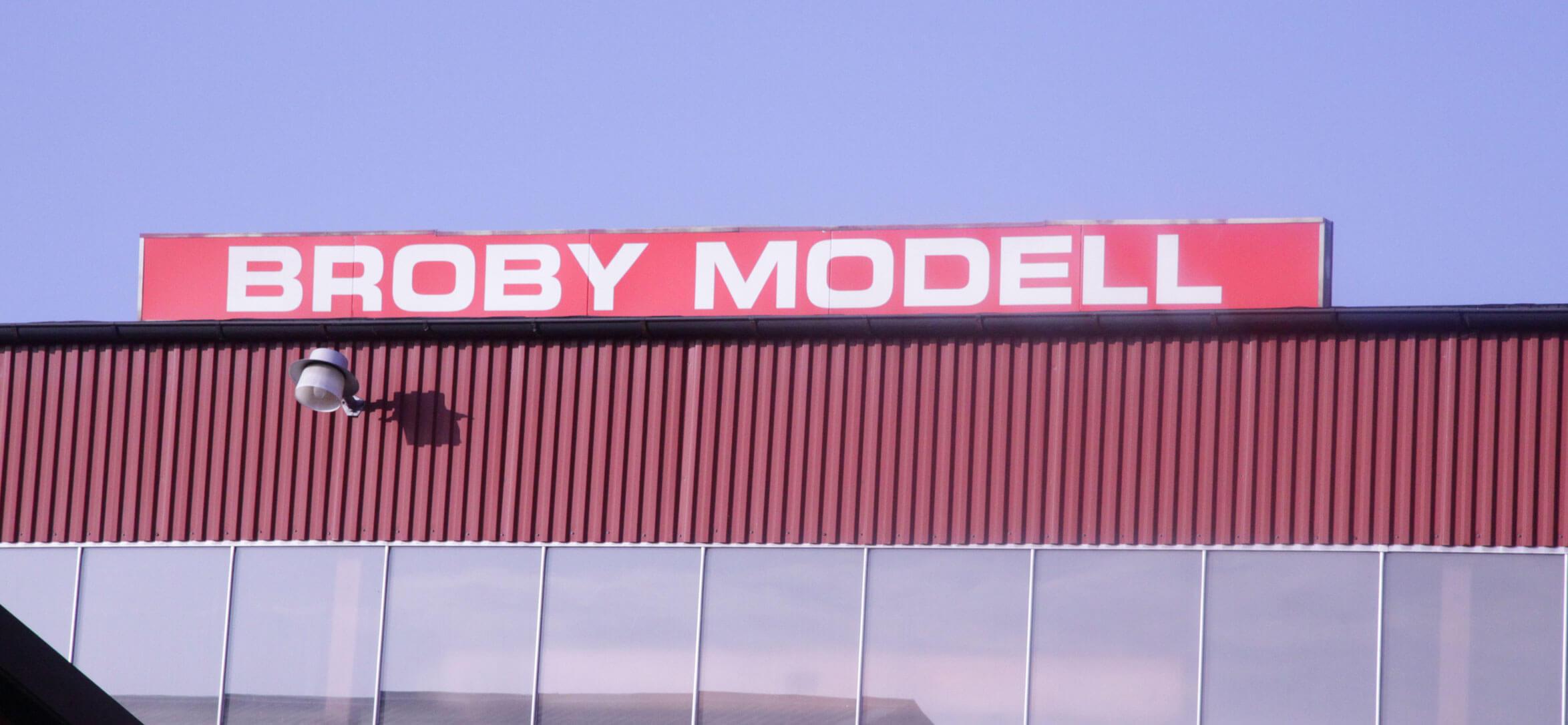 Broby-model-industri-fasad-bild